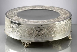 SILVER SERVING ITEMS